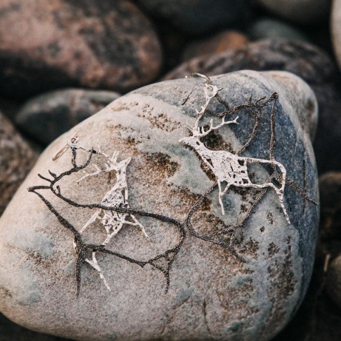 Парные серебряные серьги «Маралы»